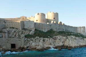 Château d'If, Marseille vu de la navette des Iles d'Or